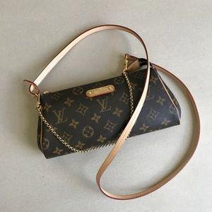 Louis Vuitton Eva Clutch monogram